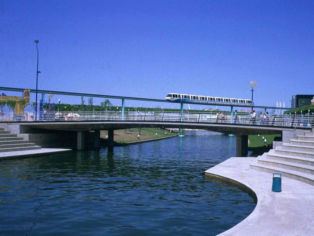 Puentes en el recinto de EXPO-92 (Sevilla) - José Antonio Llombart