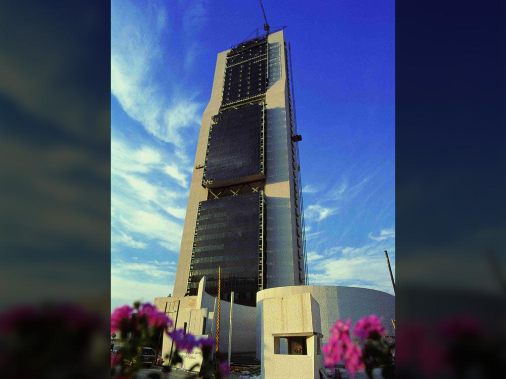 Estructura para la Torre Dataflux - José Antonio Llombart