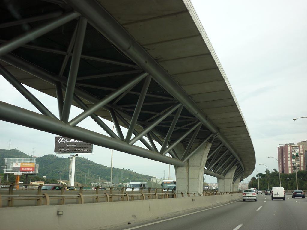 Viaducto para carril Bus-Vao, en la Autopista C-58 (Barcelona) - José Antonio Llombart