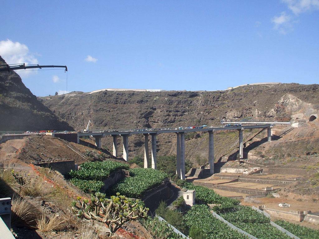 Viaductos Autopista GC-2 (Gran Canaria) - José Antonio Llombart
