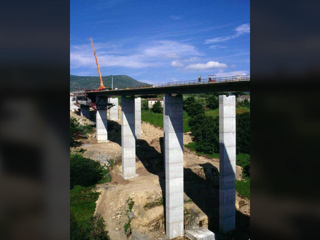 Viaductos de la Autovía Rías Baixas - José Antonio Llombart